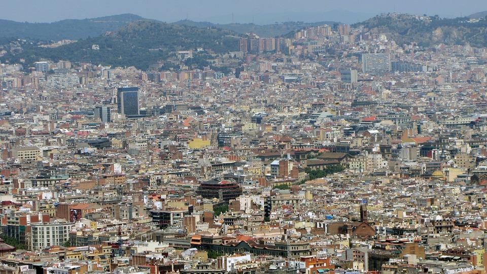 Barcelona comença a feraigües