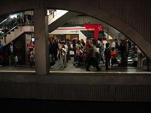 El Grup Municipal Demòcrata reclama explicacions al Govern Colau pels incidents provocats per manters a l'estació de metro de Pl.Catalunya