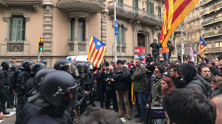 El grup del PDeCAT creu que les escenes de violència policial d'ahir a Barcelona només s'expliquen per les ordres de Millo i el govern del155