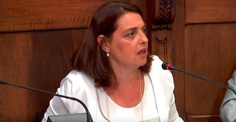 """Sònia Recasens: """"La mala gestió provoca retallades, patiment a les famílies, i davant això serembel·ligerants"""""""